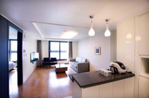 Plea De Blanc Hotel & Residence