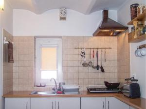 Two-Bedroom Apartment in Przywidz