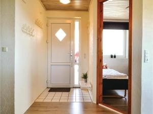 Four-Bedroom Holiday Home in Hvide Sande, Holiday homes  Hvide Sande - big - 8