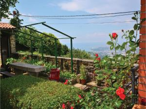 One-Bedroom Holiday Home in Crni Kal - Terst