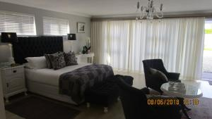 10 on Navesink, Apartmány  Plettenberg Bay - big - 9