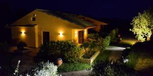 Villa Cattleya, Dovolenkové domy  Campofelice di Roccella - big - 3