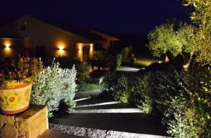 Villa Cattleya, Dovolenkové domy  Campofelice di Roccella - big - 2