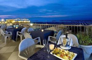 Hotel Caravelle - AbcAlberghi.com