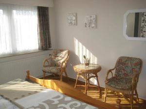 Bue Ferienhaus H Hahn 90 photos