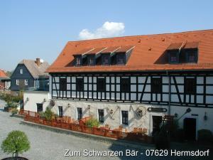 Hotel Zum Schwarzen Bär - Hartmannsdorf