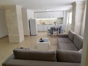 Luxury duplex Armand Durres - Golemasi