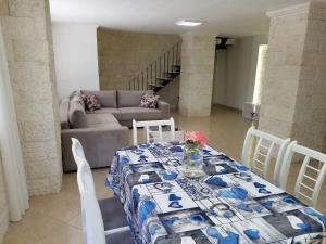 Luxury duplex Armand Durres, Apartmanok  Golem - big - 5