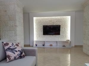 Luxury duplex Armand Durres, Apartmanok  Golem - big - 26