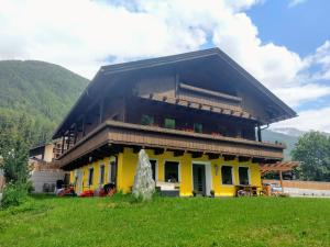 Appartments Kreuzwirt - Riva di Tures