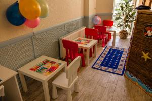 Hotel Frantsuzky Kvartal All inclusive, Hotel  Vityazevo - big - 23
