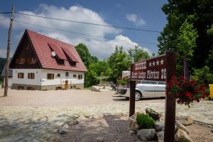 Rustic Lodge Plitvice, Bed and Breakfasts  Jezerce - big - 17