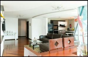3BR*ALL IN ONE*LUXURY*LOCATION, Appartamenti  Quito - big - 17