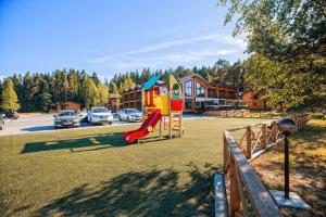 Zagorodniy Club West, Holiday parks  Pribylovo - big - 31