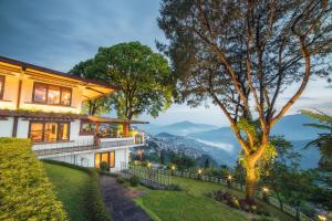 WelcomHeritage Denzong Regency, Отели - Гангток