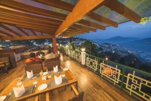 WelcomHeritage Denzong Regency, Отели  Гангток - big - 31