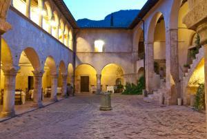 Abbazia San Pietro in Valle (1 of 200)