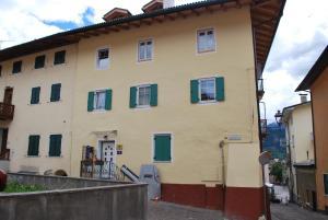 APPARTAMENTO CASA FANNI - Apartment - Cavalese