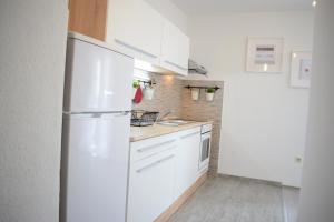 Apartments Milas, Ferienwohnungen  Trogir - big - 8