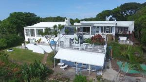Blue's Guest House - Beacon Bay