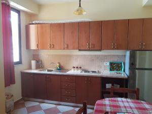 Mario's place in Durres, Apartmány  Durrës - big - 3