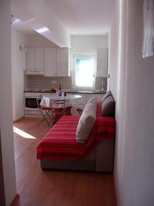 Apartment Sveti Filip i Jakov 14319a