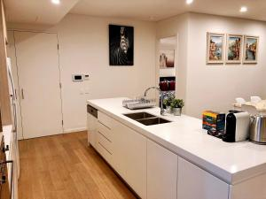 Cozy & Stylish Apartment close to Airport & Sydney CBD