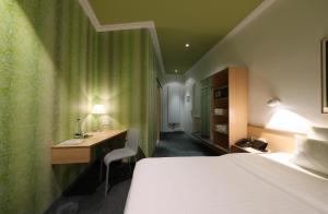 hotel stadt rosenheim review munich germany travel. Black Bedroom Furniture Sets. Home Design Ideas