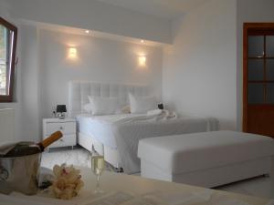 Hostels e Albergues - Kinira Beach Hotel