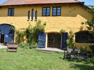 Die Besondere Ferienwohnung Bibliothek - Arbshagen