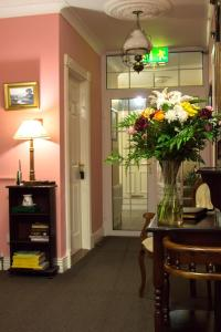Grove House Bed & Breakfast, Bed and Breakfasts  Carlingford - big - 91