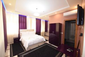 Buna Park Hotel - Canaj
