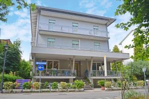Hotel Ivana - AbcAlberghi.com