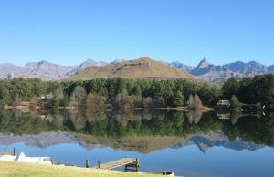 Lake Naverone Holiday Cottages, Resorts  Drakensberg Garden - big - 185