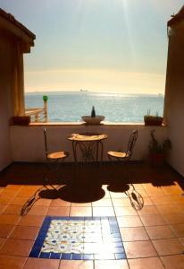 14 Leoni, Bed & Breakfasts  Salerno - big - 88