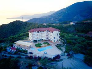 Hotel Vila Kafe - Sasaj