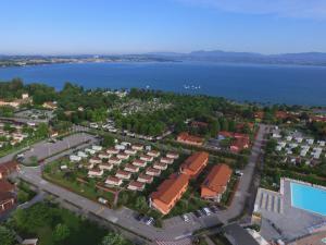 The Garda Village - AbcAlberghi.com