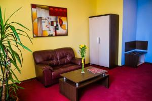 Hotel Kabile, Hotels  Yambol - big - 36