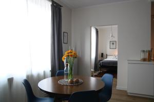 Blue Buddy OFF Spot Apartament