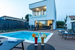 Villa Lasti with private swimming pool
