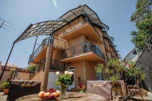 Morocco Guest House - Adler