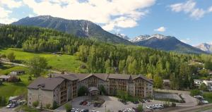 Silver Rock Condos by bnBeyond Vacations - Apartment - Fernie