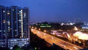Arena Green Penthouse - Serdang