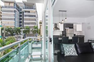 Upscale Condo Best Location Downtown