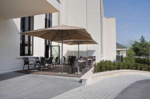 Best Western Plus Hotel des Francs - Folembray