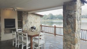 Lake Naverone Holiday Cottages, Resorts  Drakensberg Garden - big - 174