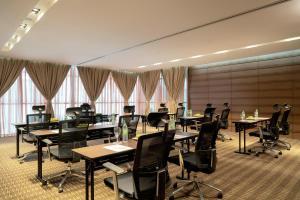 Movenpick Hotel & Convention Centre KLIA, Hotels  Sepang - big - 10