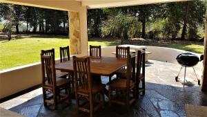 Lake Naverone Holiday Cottages, Resorts  Drakensberg Garden - big - 180