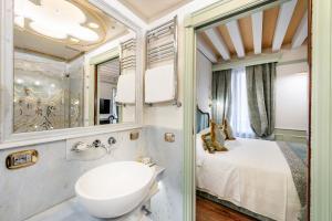 Hotel Monaco & Grand Canal (13 of 87)