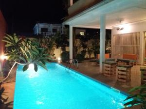 Ahome, Bed and Breakfasts - Lomé